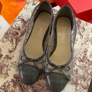*SALE* closet cleaning - CHANEL Lace Ballet Flats